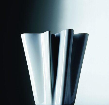 """Flux-Bye Bye"" Ceramic Vase collection"